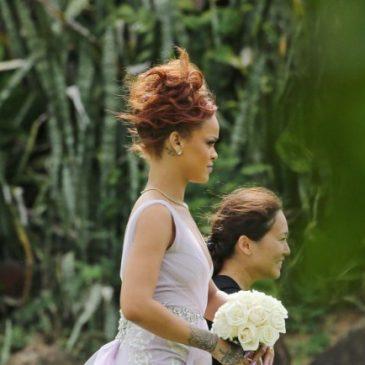 Rihanna en demoiselle d'honneur